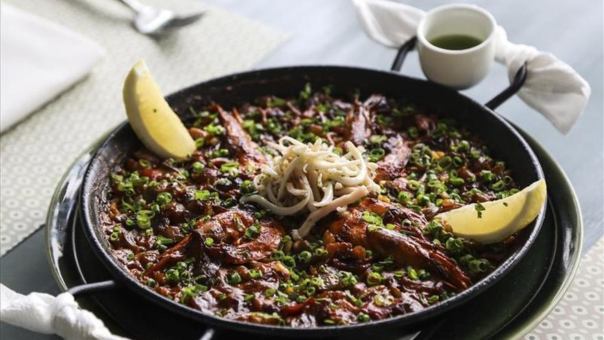 La paella de alta cocina busca su espacio en el arrocero Bangladesh