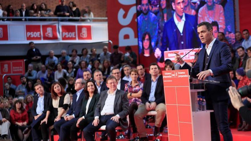 Sánchez: La sociedad fue solidaria con la banca y la solidaridad es recíproca