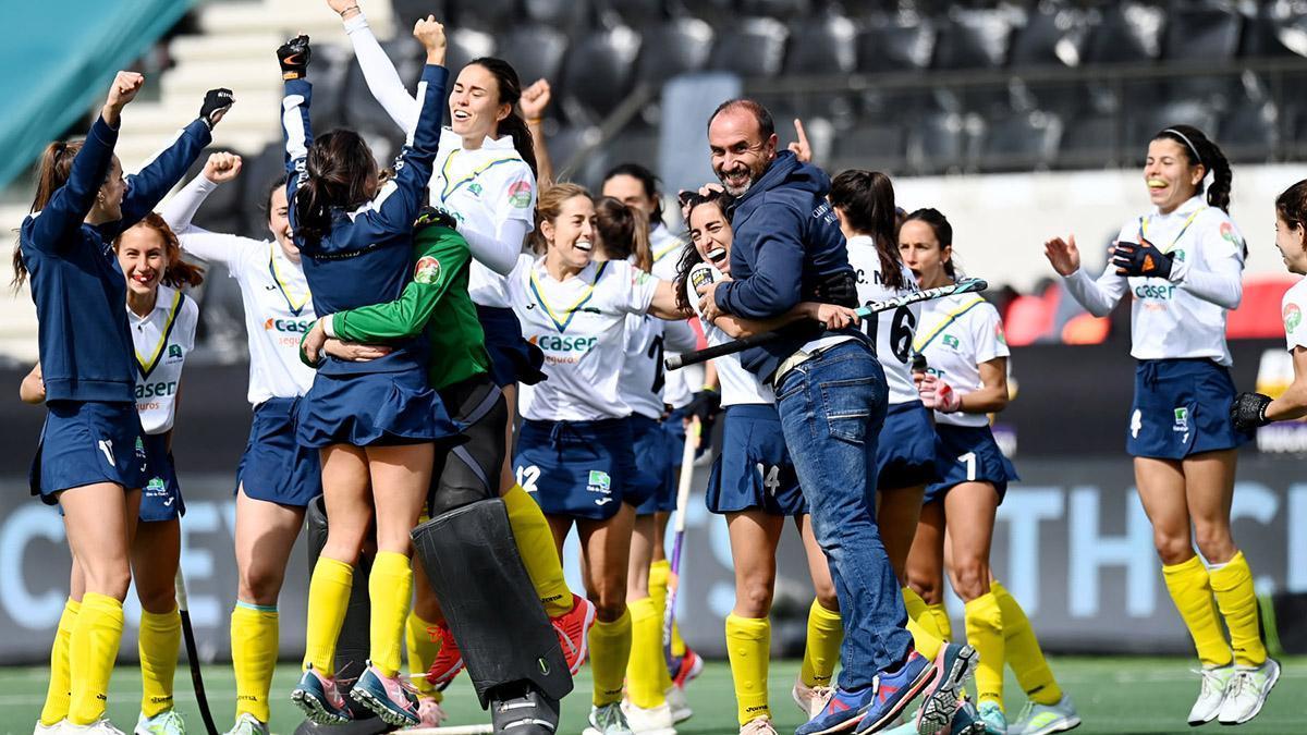Edu Aguilar celebrando una victoria con el Club de Campo