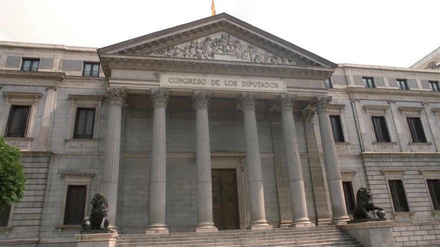 El Congreso aprueba que ciegos y sordos puedan casarse sin dictamen médico