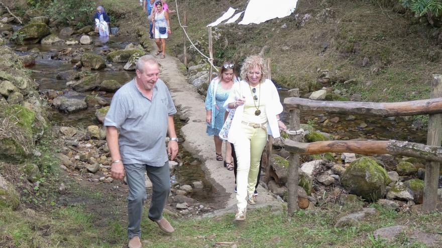 La fiesta mitológica 'Un pueblo de leyendas' en Barriopalacio (Anievas) se consolida como atractivo turístico y cultural