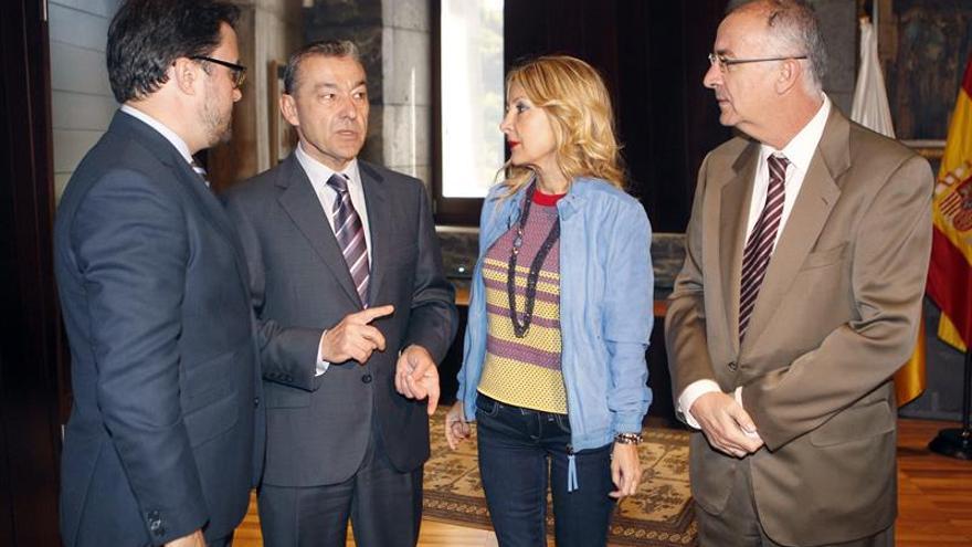 Paulino Rivero, Francisco Hernández Spínola, Asier Antona y María Australia Navarro