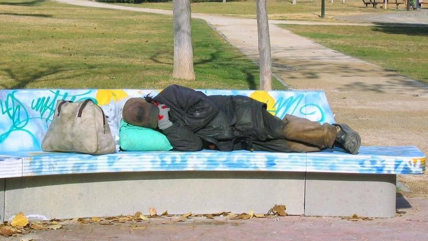 El 40% de las personas sin hogar en Euskadi tiene estudios secundarios o universitarios
