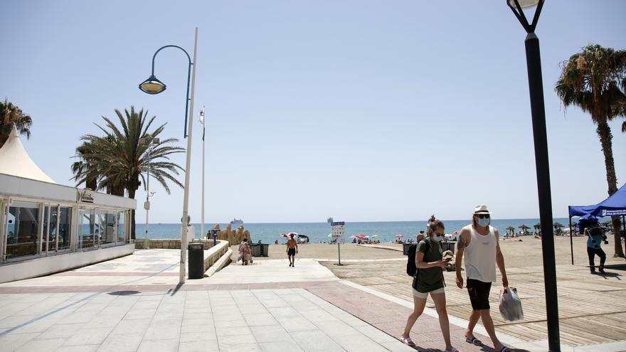 Archivo - Paseo de la playa de La Malagueta. En Málaga (Andalucía, España), a 19 de julio de 2020.