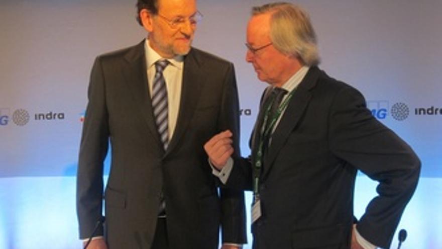 Mariano Rajoy y Josep Piqué. (EUROPA PRESS)