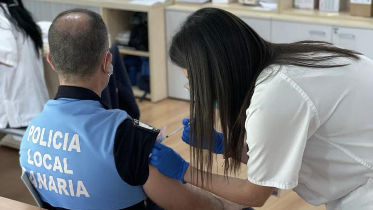 Vacunación contra COVID-19.
