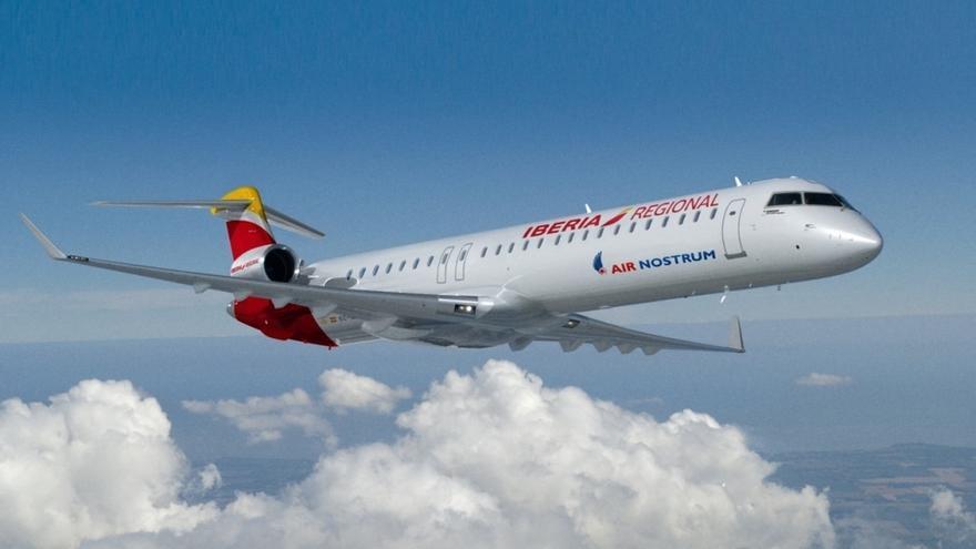 """Revilla asegura que el vuelo de bajo coste de Air Nostrum a Madrid """"no supone aumento de coste"""""""