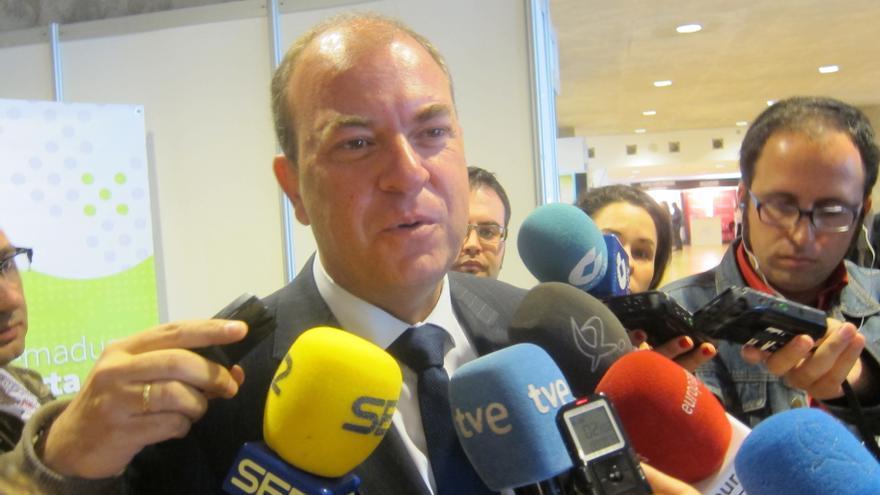 """Monago defenderá """"con razones"""" en la reunión del PP que el déficit asimétrico """"abona mucho el incumplimiento"""""""