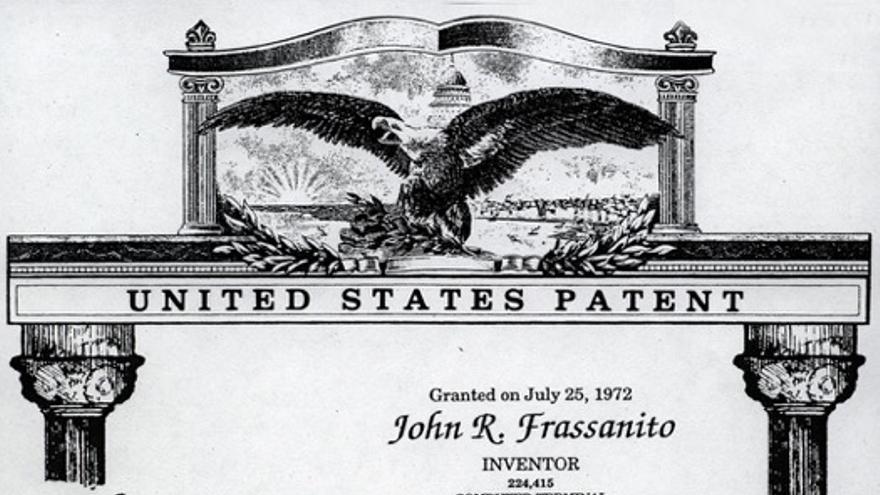 """Patente que señala a John Frassanito como inventor del """"terminal de ordenador"""" en 1972"""