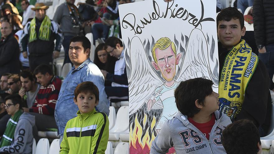 Un seguidor del Córdoba en el partido ante el Cádiz | TONI BLANCO