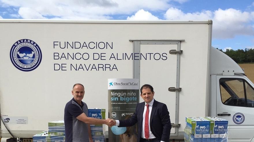 Obra Social La Caixa y Banco de Alimentos recogen 26.490 litros de leche para familias en riesgo de exclusión en Navarra