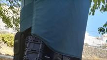 Uno de los chalecos prestados que usaran los agentes de la Guardia Civil para ir a La Rama de Agaete.