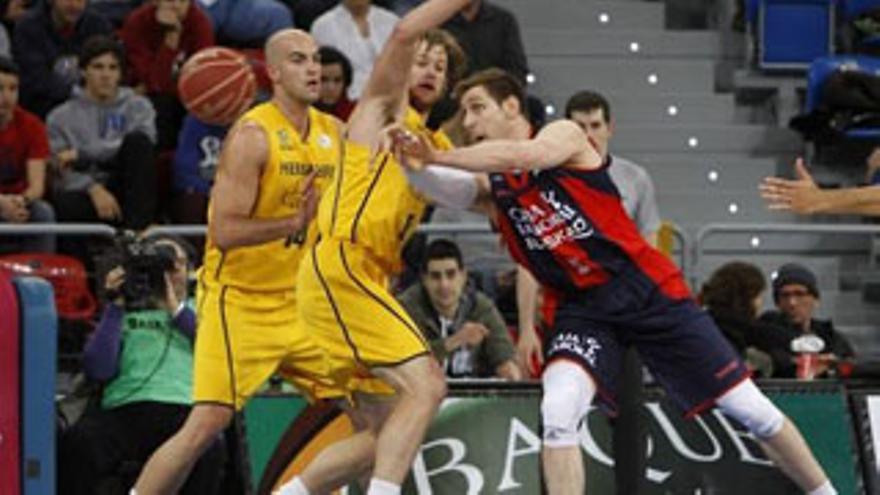 Partido del Playoff por el título de la Liga ACB entre el Laboral Kutxa y el Gran Canaria. EFE
