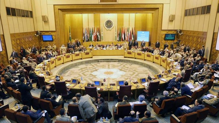 """La Liga Árabe rechaza la """"ofensiva"""" occidental contra Egipto tras la tragedia del avión"""