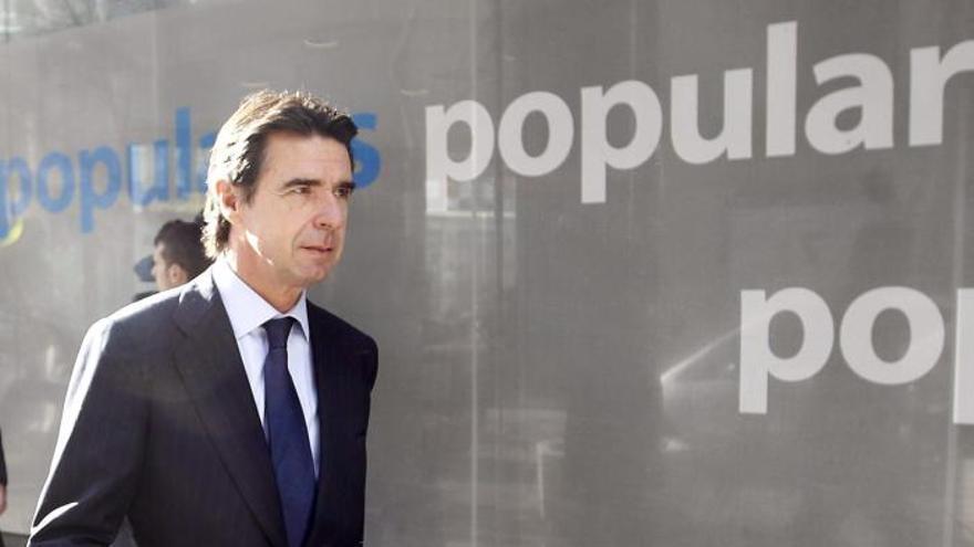 Rajoy comunica a Rivero que los sondeos de Repsol empezarán este verano