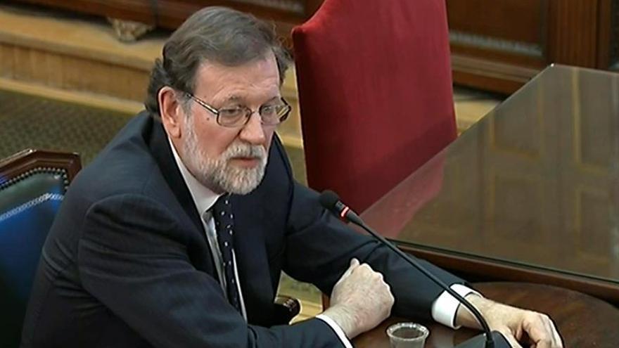 Rajoy destaca que no iba a liquidar la soberanía nacional con un referéndum