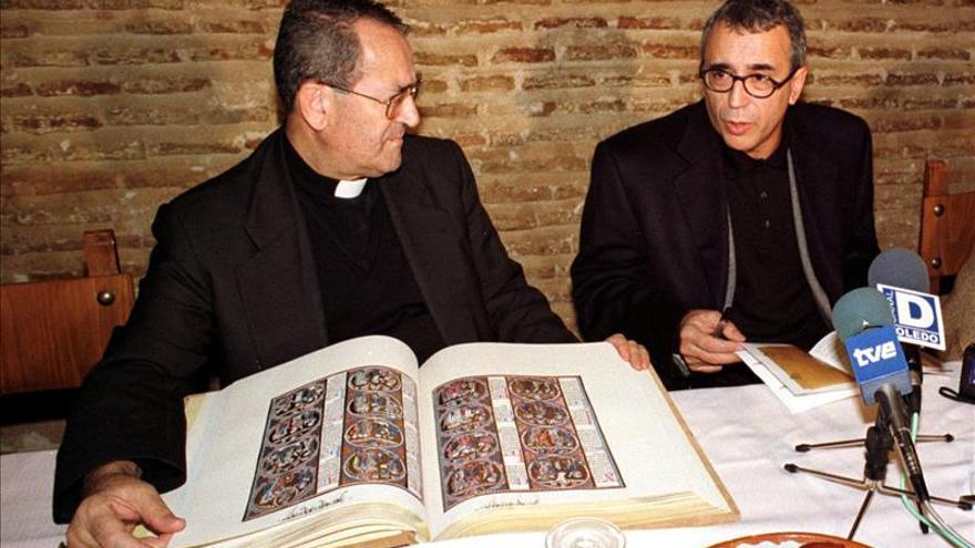 """La """"Biblia de San Luis"""", la joya bibliográfica que guarda la Catedral de Toledo"""