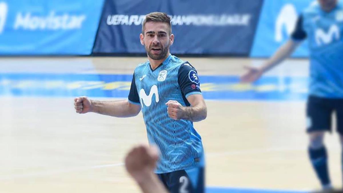 Cecilio Morales celebrando un gol con Inter Movistar