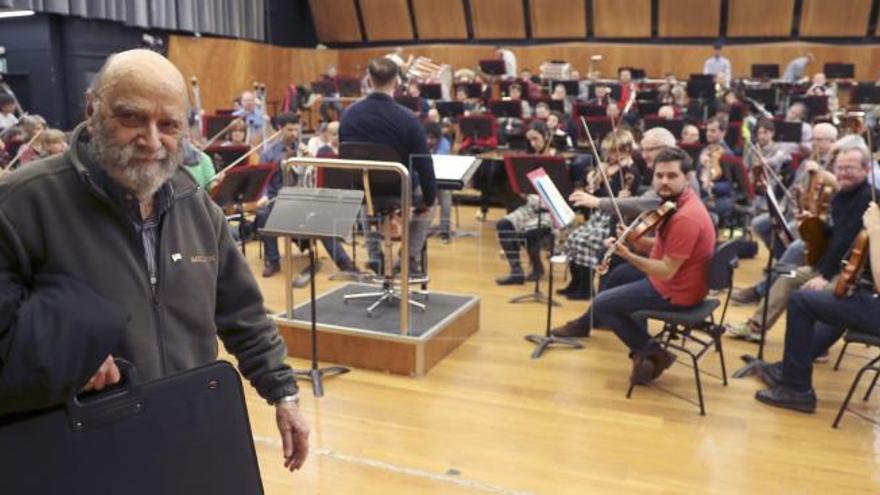 De Pablo estrena con la BOS y Alberdi su Concierto para acordeón y orquesta