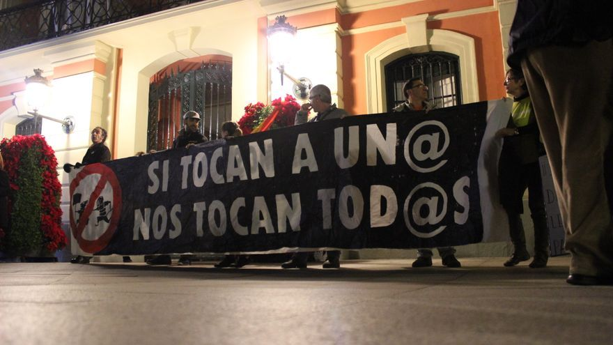 Concentración en Murcia para protestar contra la llamada 'Ley Mordaza' / PSS