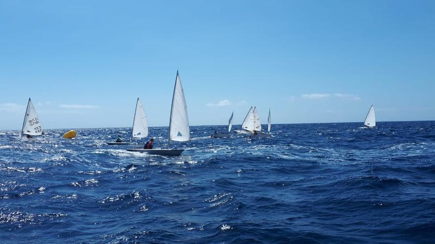 Imagen de una regata.
