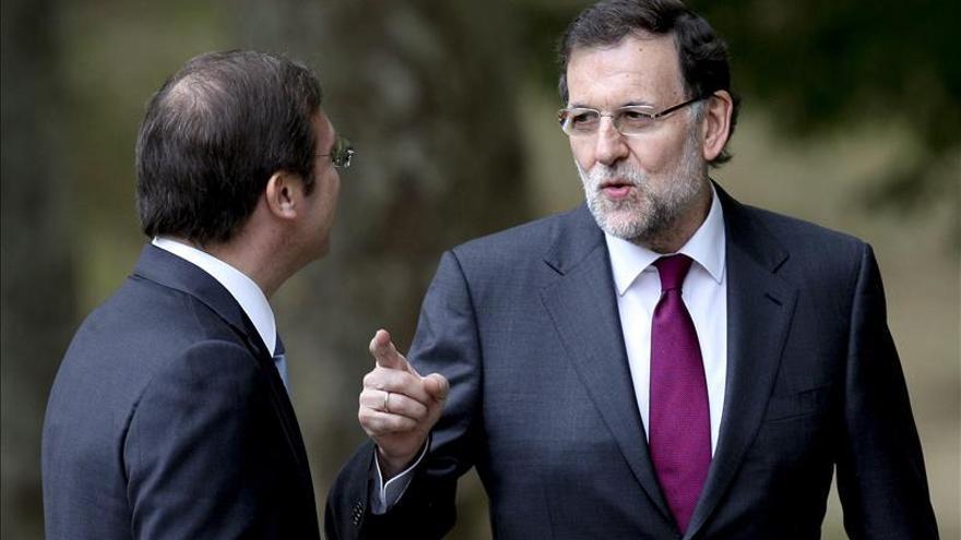 """Rajoy no tiene """"la más mínima duda"""" del apoyo del PSOE a la ley de abdicación"""
