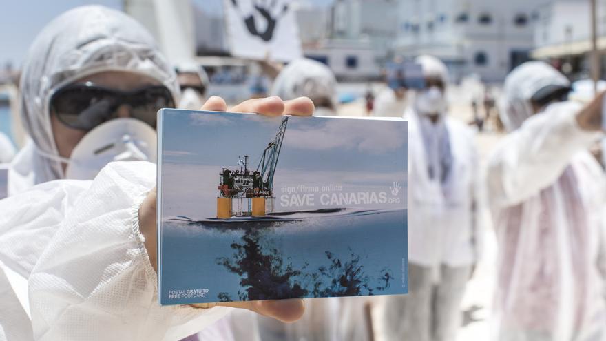 Campaña de Save Canarias contra las prospecciones en aguas del archipiélago. | Mario Entero