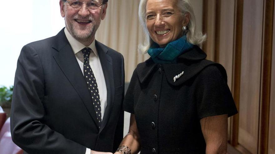 Mariano Rajoy y la directora gerente del FMI Christine Lagarde (EFE, archivo)