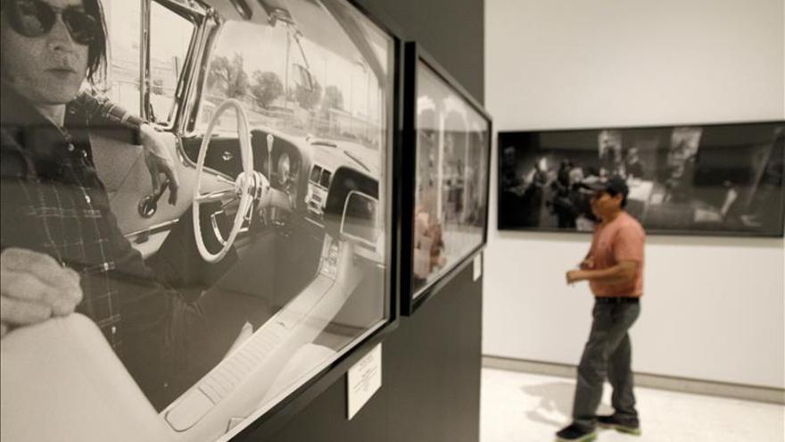El actor Gary Oldman muestra su faceta como fotógrafo en la FIL mexicana