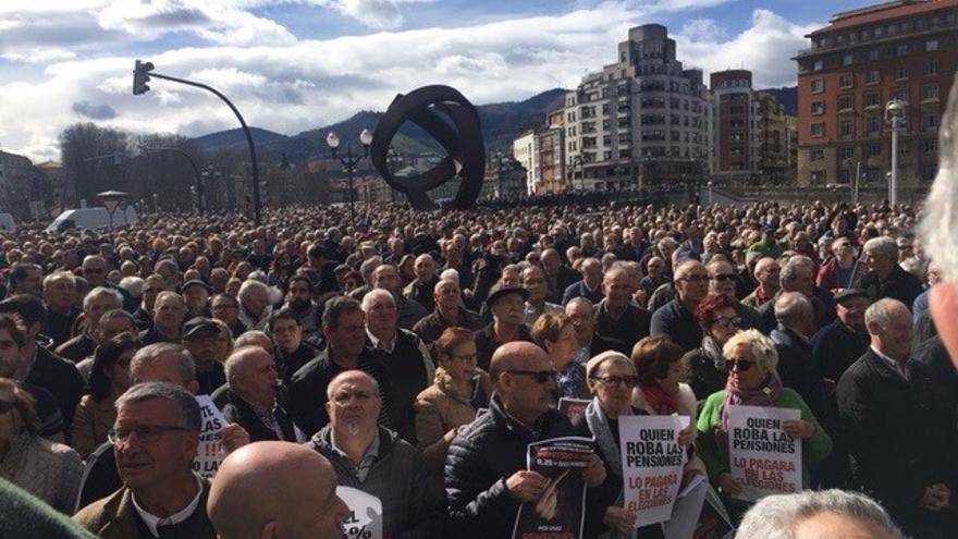 Imagen de la concentración de pensionistas en Bilbao