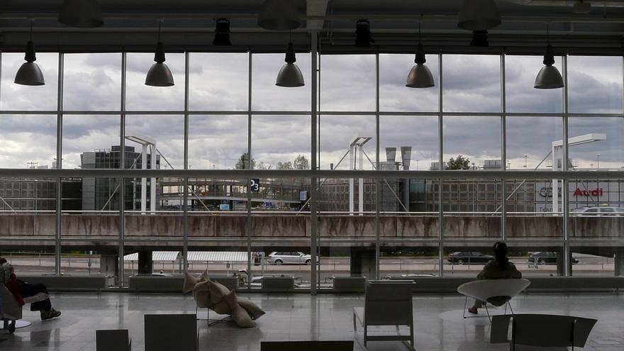 Interior del Aeropuerto de Helsinki-Vantaa