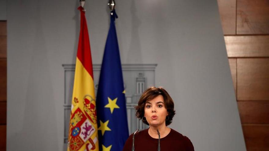 El Gobierno bajará la previsión del PIB para 2018 si sigue el conflicto catalán