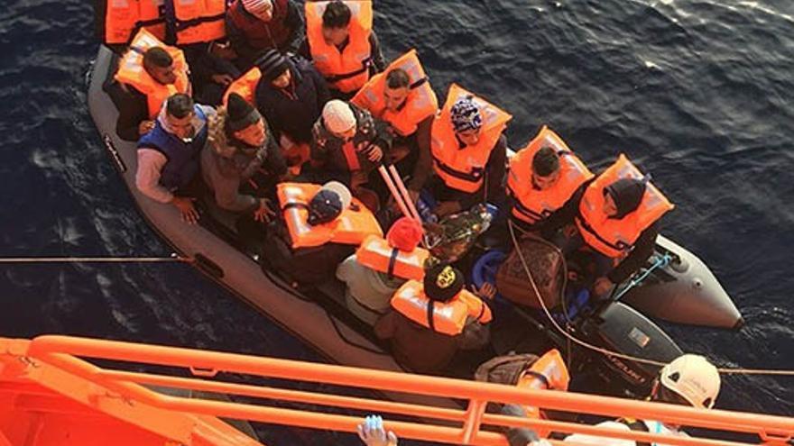 Rescate de la patera en Almería.