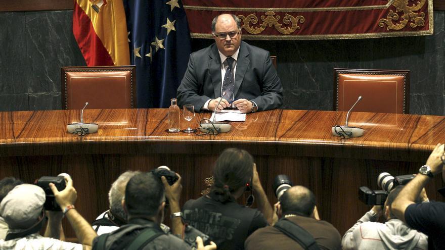 De Rosa avisa que una estructura de Estado en Cataluña es hoy en día ilegal