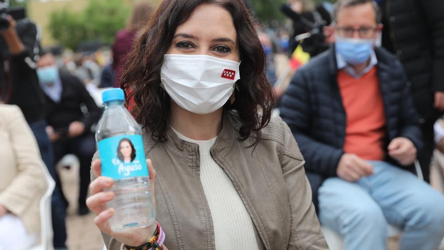 La presidenta de la Comunidad de Madrid y candidata a la reelección, Isabel Díaz Ayuso, durante un acto de campaña, a 24 de abril de 2021, en Pozuelo de Alarcón