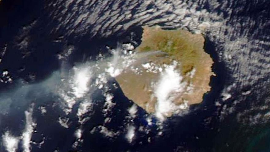 El incendio de Gran Canaria, visto desde un satélite de la NASA