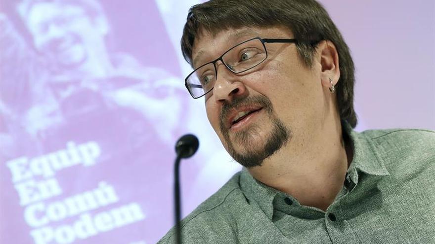 Domènech ofrece una lista diversa para superar la Cataluña de la desigualdad