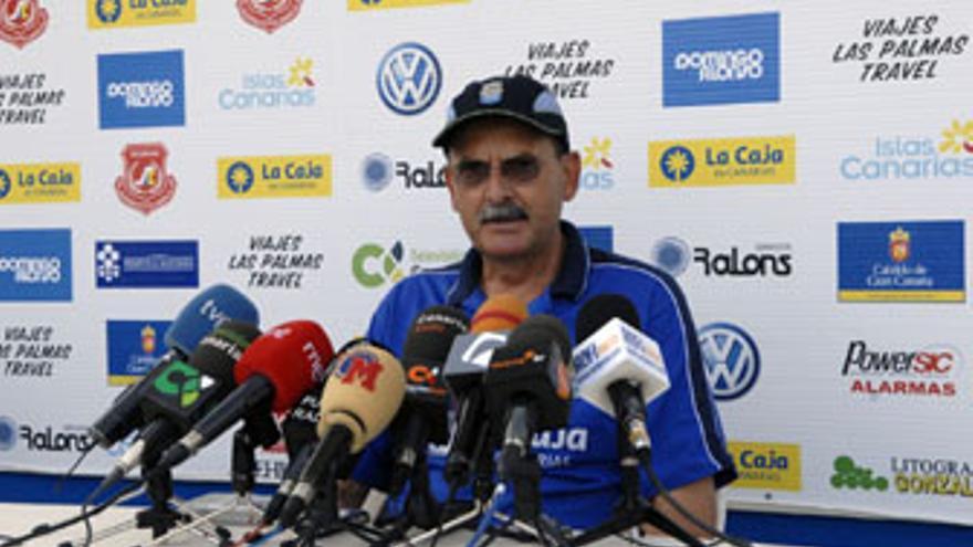 Sergio Kresic, entrenador de la UD Las Palmas. (ACFI PRESS)