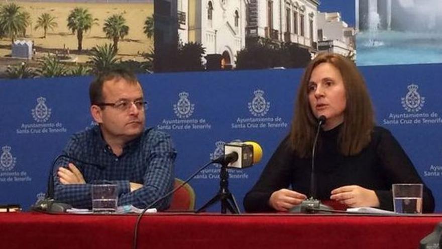 Ramón Trujillo y Asunción Frías, de IUC y Sí Se Puede, denunciantes de los problemas laborales