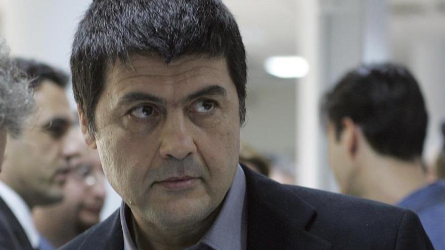 Un terrorista griego evadido anuncia el regreso a la lucha armada