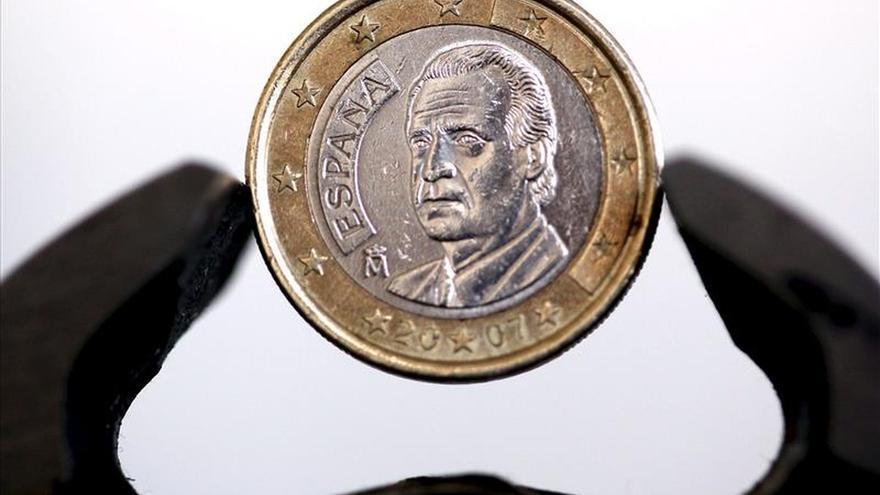 El euro sube hasta los 1,1228 dólares