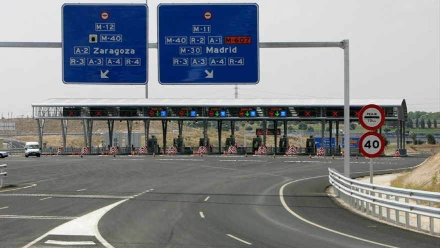 Fomento asume que el Estado se quedará con las ocho autopistas en quiebra