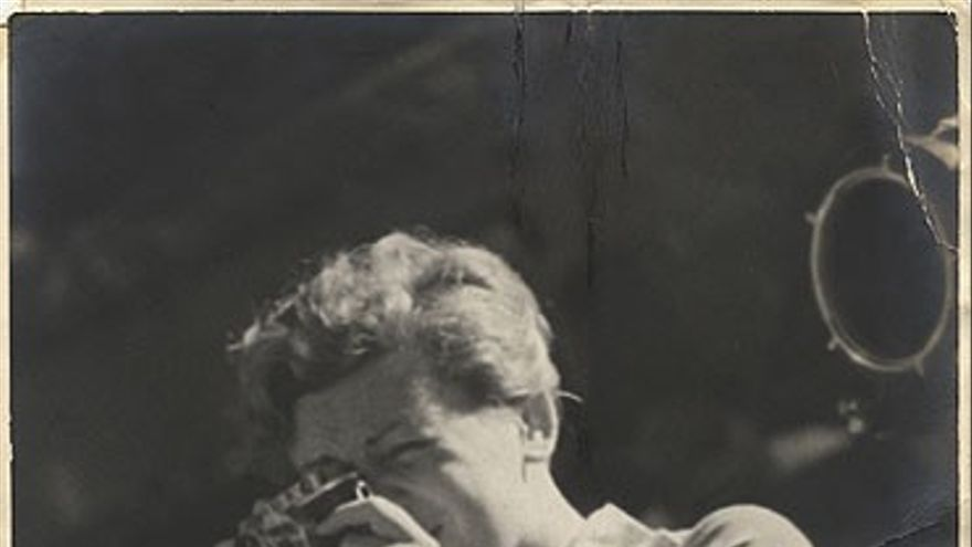 Gerda Taro tras el objetivo
