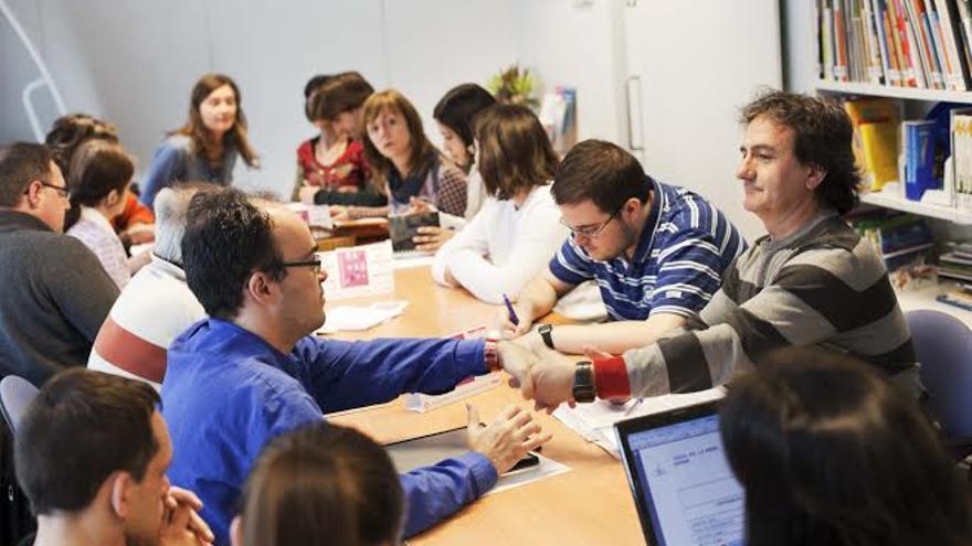 Redacción de CADIS HUESCA, formada por personas con discapacidad. / Juan Manzanara