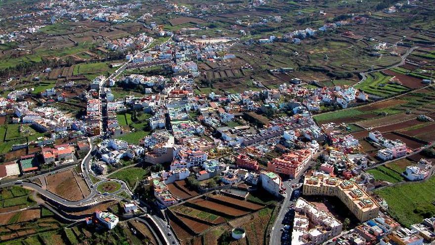 Vista aérea del barrio realejero de La Cruz Santa