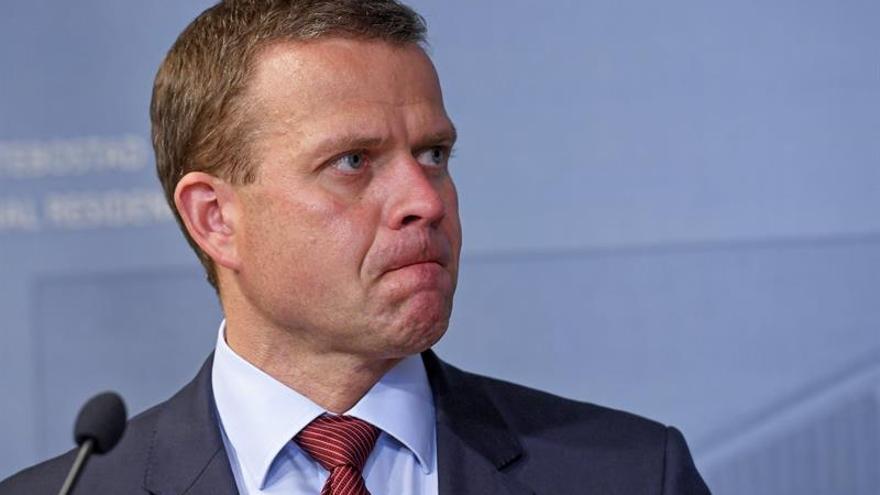Expulsan a los populistas del Gobierno finlandés tras su giro a la ultraderecha