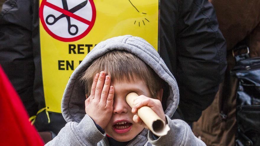 Protestas para defender la educación pública en Catalunya. /CARMEN SECANELLA