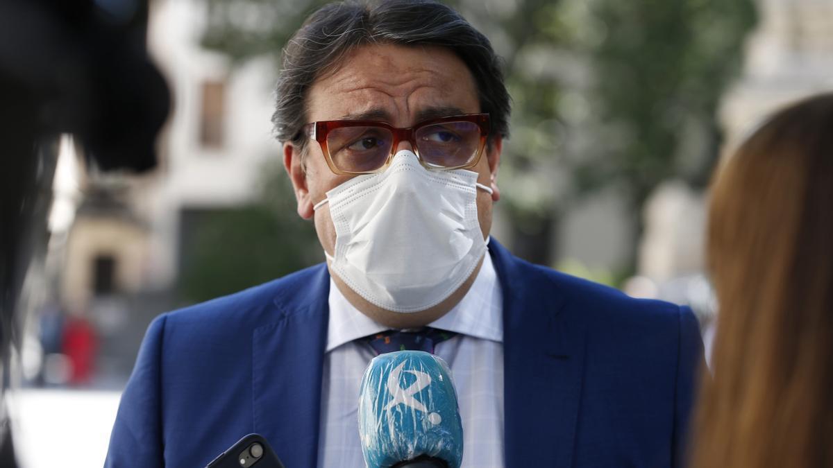 El consejero de Sanidad de la Junta de Extremadura, José María Vergeles