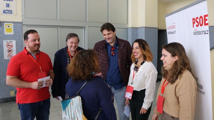 Patricia Hernández en la sede del PSOE de Santa Cruz de Tenerife.