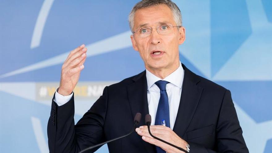 Stoltenberg afirma que hay que combatir al terrorismo también fuera de casa